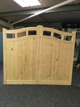 Double Suffolk Sweep Wooden Driveway Gates